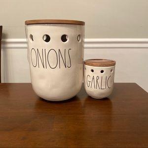 Rae Dunn ONIONS and GARLIC set